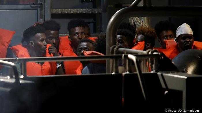 Malta Hafen Valletta   Rettungsschiff Alan Kurdi   Flüchtlinge