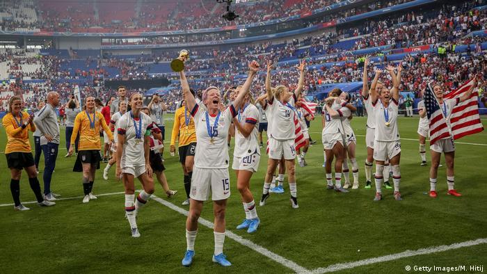 FIFA Frauen-WM 2019 Finale | USA vs. Niederlande | Weltmeister USA (Getty Images/M. Hitij)