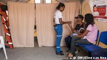 New reception center in the Department of La Guajira in Colombia. : A man is given medication Copyright: Eline van Nes, DW, Nord-Kolumbien, May 2019