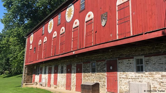 Decorative barn stars in Pennsylvania have 300-year-old German origins (DW/Oliver Sallet)