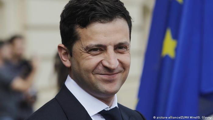 Володимиру Зеленському довіряють 65 відсотків українців - опитування