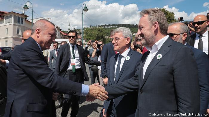 Türkei | Präsident Erdogan in Bosnien (picture-alliance/AA/Turkish Presidency)