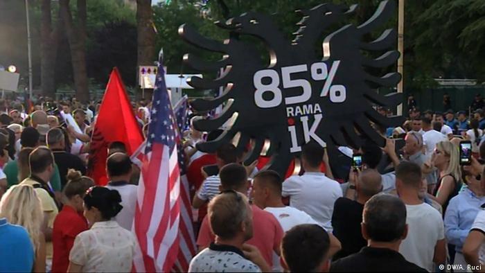Albanien Anti Regierungsproteste (DW/A. Ruci)