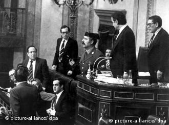 Antonio Tejera Molina, el militar que casi tumba la surgiente democracia en España.