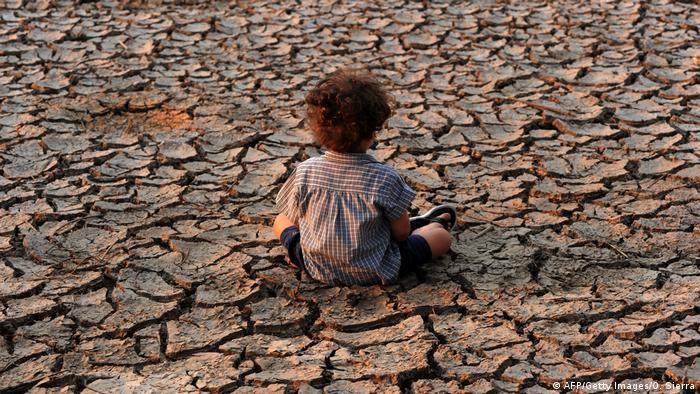 Climate change threatens future of all children: UN report