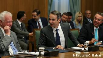 Σταϊκούρας και Μητσοτάκης ελπίζουν ότι η πρόωρη αποπληρωμή θα τους βοηθήσει στις διαπραγματεύσεις για τα πλεονάσματα