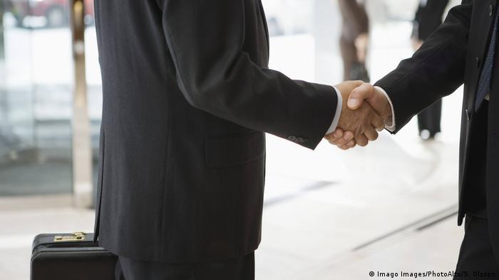 Symbolbild - Handshake
