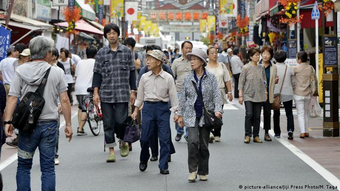 Como o Japão mantém seus idosos ativos no mercado de trabalho