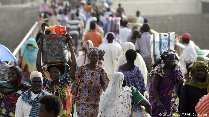 Grenze Tschad - Kamerun 2015 | N'Gueli-Brücke (Getty Images/AFP/P. Desmazes)