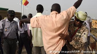 Grenze Tschad - Kamerun 2015 | N'Gueli-Brücke