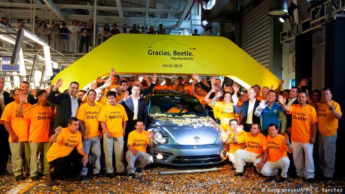 У Мексиці зібрали останню машину Volkswagen Жук