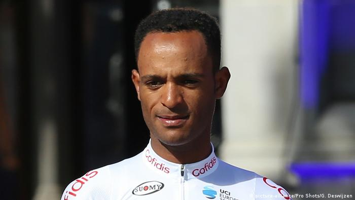 Frankreich Tour de France 2019 Natnael Berhane (picture-alliance/Pro Shots/G. Deswijzen)