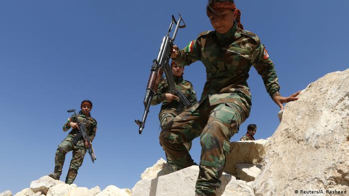 روز چهارشنبه ۱۹ تیر (۱۰ ژوئیه) حزب دموکرات کردستان (حدک) و حزب دموکرات کردستان ایران (حدکا) خبر از گلولهباران پایگاههای خود در سیدکان و آلانه دادند.