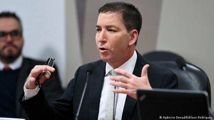 O jornalista americano Glenn Greenwald em audiência pública no Senado brasileiro