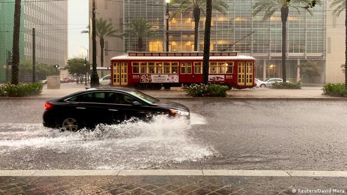 US-Bundesstaat Louisiana wappnet sich für möglichen Hurrikan (Reuters/David Mora)