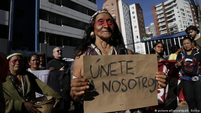Ecuador Waorani Demonstration (picture-alliance/dpa/D. Ochoa)