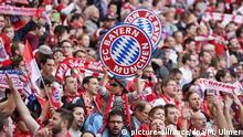 Fussball 1. Bundesliga Saison 2015/2016: FC Bayern Muenchen - Borussia Moenchengladbach