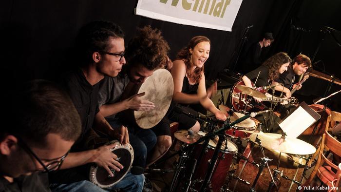 Musiker beim Yiddish Summer Weimar 2019 auf der Bühne