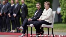 Deutschland Berlin Kanzlerin Merkel empfängt dänische Ministerpräsidentin Mette Frederiksen