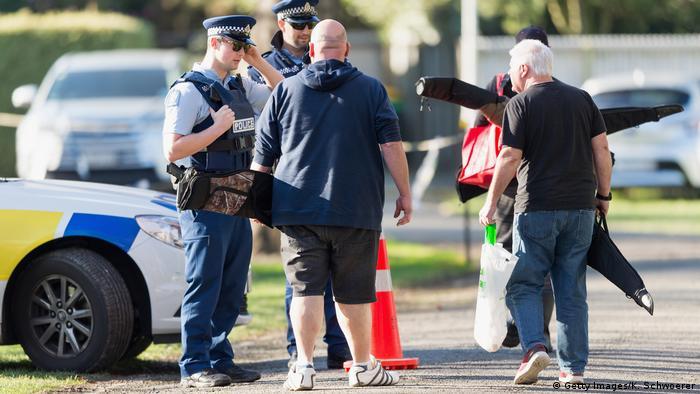 Новозеландці почали здавати зброю