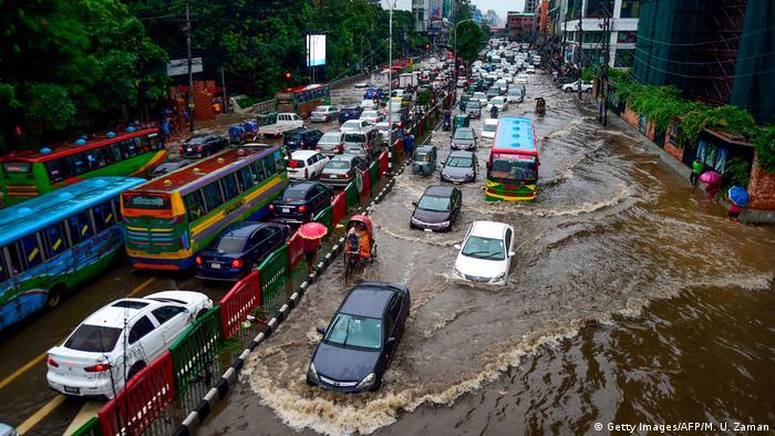 Muson yağmurları Bangladeş'te de etkili oldu