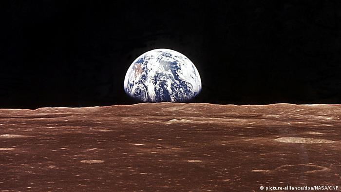 Pogled s Mjeseca na Zemlju (picture-alliance/dpa/NASA/CNP)