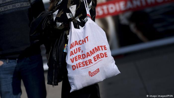 Deiutschland | Jusos SPD Europa Konvent 2019 | Tasche mit Juso-Slogan
