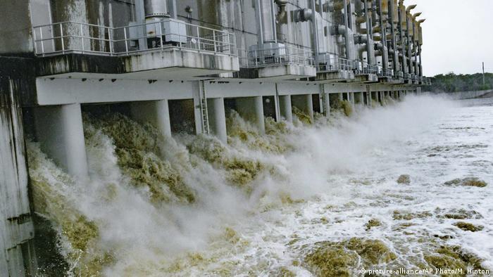 The Gulf Intracoastal Waterway West Closure Complex