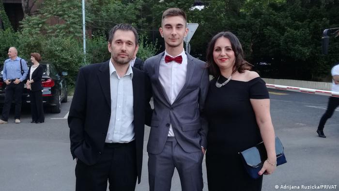 Adrijana Ružička sa suprugom i sinom