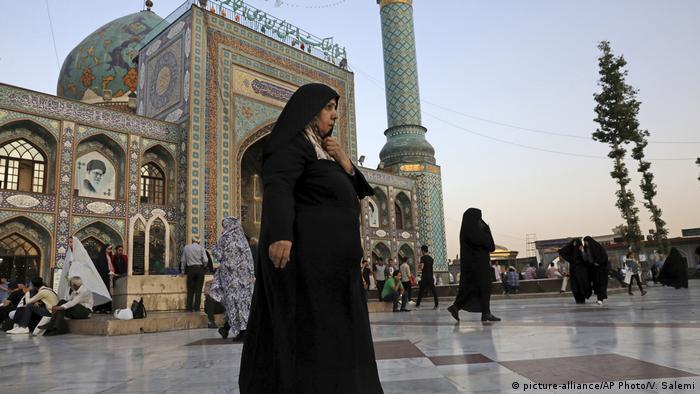 Iran | Zum tragen von Hidschabs