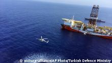 Turkish drilling ship off Cypriot coast (picture-alliance/AP Photo/Turkish Defence Ministry)