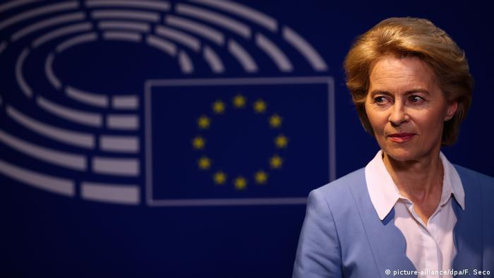 Szefowa Komisji Europejskiej Ursula von der Leyen (picture-alliance/dpa/F. Seco)