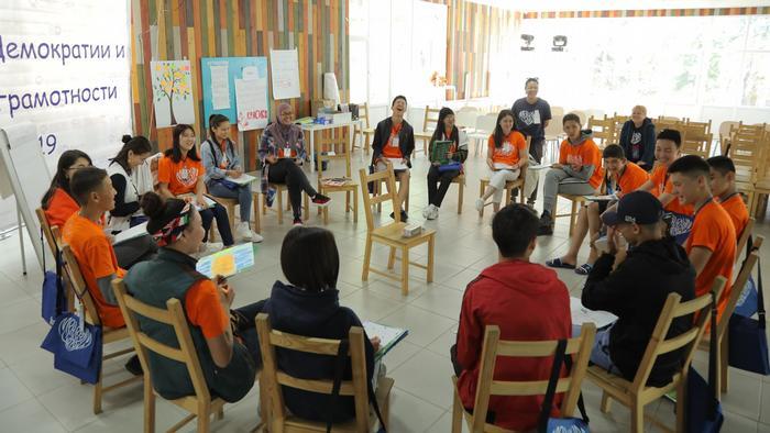 Vom Wahlbeobachter bis zum Präsidentschaftskandidaten: Die Jugendlichen haben sich am Wahltag in neuen Rollen ausprobiert.
