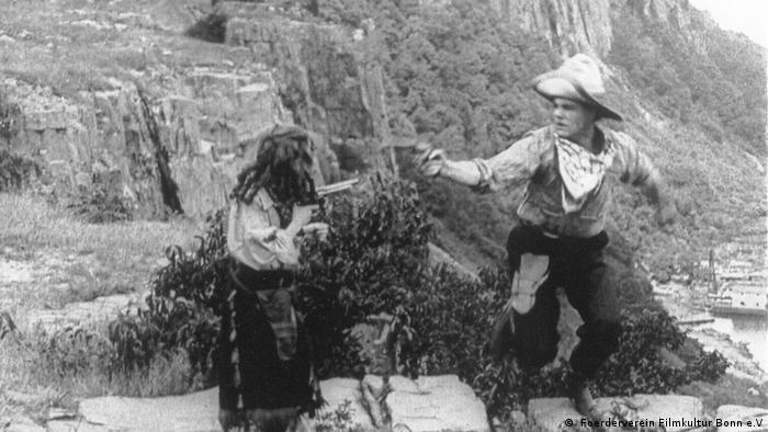 Filmstill Two little rangers by Alice Guy