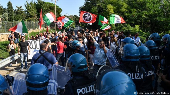 Italien Symbolbild Hass in der Gesellschaft