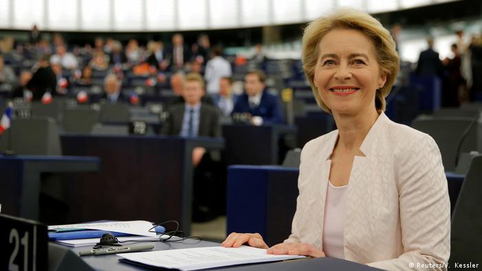 EU-Parlament: Ursula von der Leyen - Wahl zur Kommissionspräsidentin (Reuters/V. Kessler)