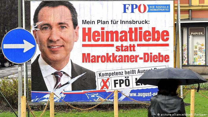 Österreich rassistisches FPÖ-Plakat 2012   Heimatliebe statt Marokkaner-Diebe