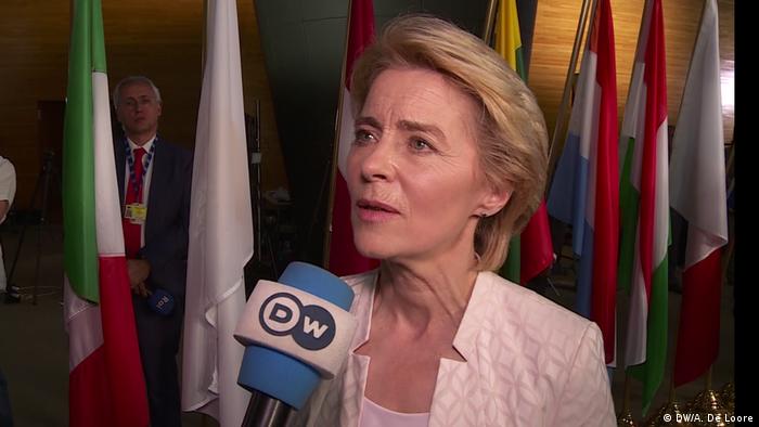 DW-Interview mit der neuen EU-Kommissionspräsidentin Ursula von der Leyen (DW/A. De Loore)