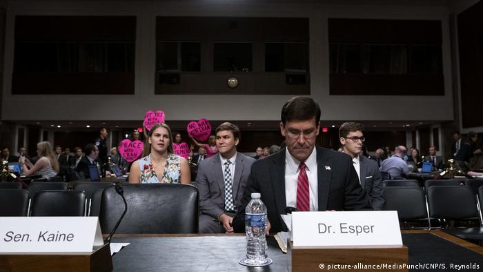 USA Designierter Verteidiungsminister Mark Asper bei seiner Anhörung im Senat
