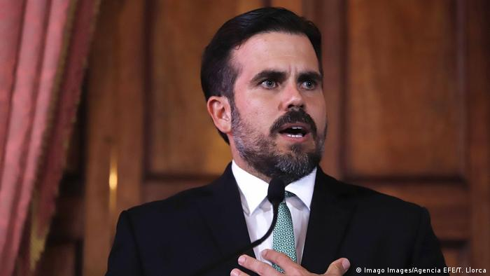 Resultado de imagen para Gobernador de Puerto Rico,anunciando su renuncia