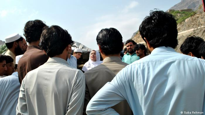 Naheed Afridi campaigning to local shopkeepers
