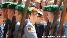 Berlin | Annegret Kramp-Karrenbauer und Ursula von der Leyen