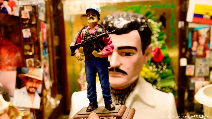 Mexico: Joaquin El Chapo Guzman Merchandise (Getty Images/AFP/P. Pardo)