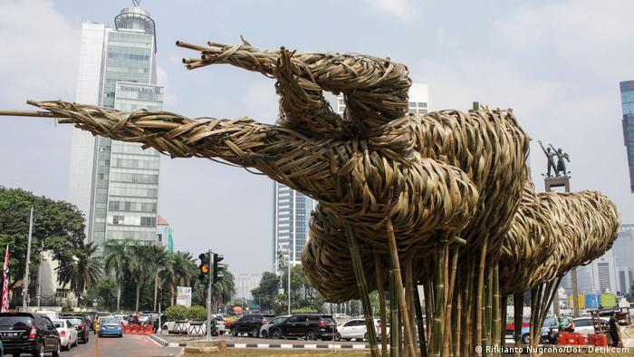 Indonesien   Bambus-Kunstinstallation Getah-getih (Rifkianto Nugroho/Dok. Detikcom)