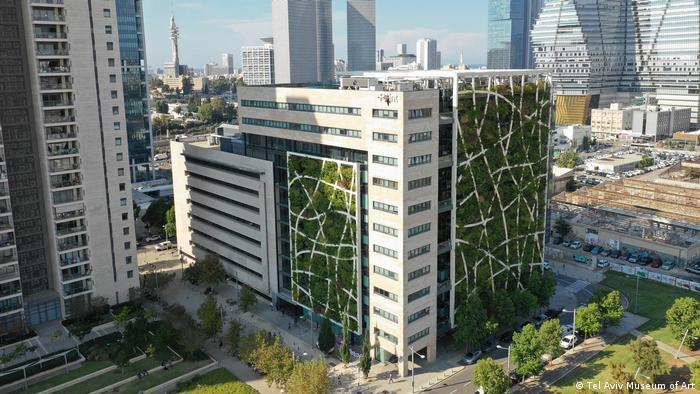 A green building in Tel Aviv