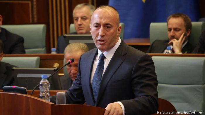 Kosovo | Regierungsschef Ramush Haradinaj tritt zurück (picture-alliance/dpa/AA/E. Keci)