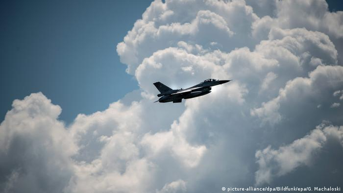F-16 takes part in NATO exercises
