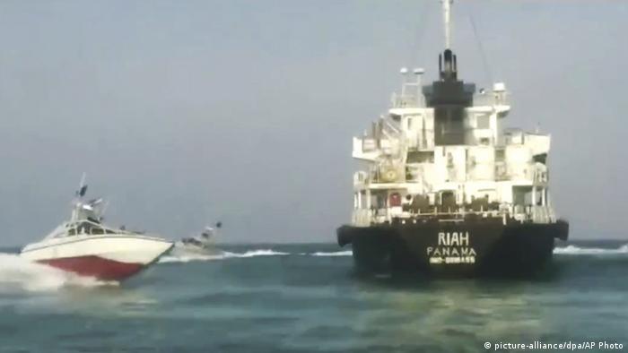 Iran setzt britischen Tanker in der Straße von Hormus fest (picture-alliance/dpa/AP Photo)