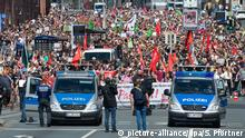 Anti-neo-Nazi rally in Kassel (picture-alliance/dpa/S. Pförtner)