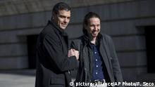 FILE - In this March 30, 2016 file photo, Spain's Socialist Party leader Pedro Sanchez, left, shakes hands with the United Podemos (United We Can) party leader Pablo Iglesias for the media as they arrive to the Spanish Parliament before their talks in Madrid. Spain's center-left Socialist party and the United We Can party are edging closer to a deal on forming a coalition government, Friday July 19, 2019, after Iglesias removed a key obstacle to an agreement by saying he will not insist on being part of a future Cabinet. (AP Photo/Francisco Seco, File) |